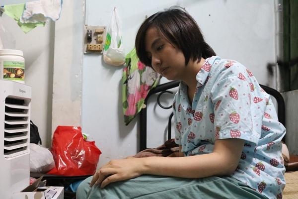 Liệt nửa người suốt 7 tháng sau sinh, bệnh tình của Thúy Anh bất ngờ có dấu hiệu chuyển biến mới - Ảnh 3