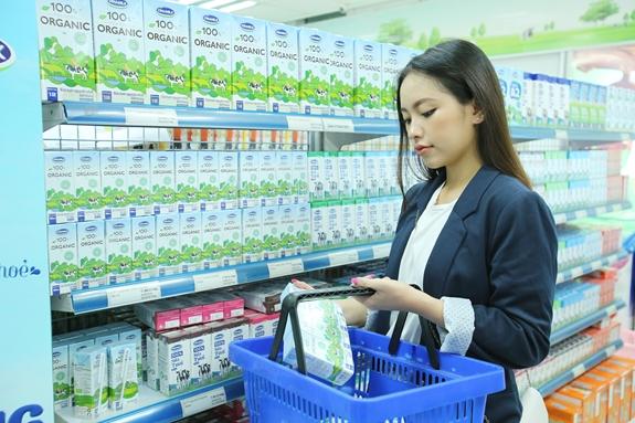 Vùng nguyên liệu bò sữa giúp Vinamilk dẫn đầu thị trường sữa tươi - Ảnh 1