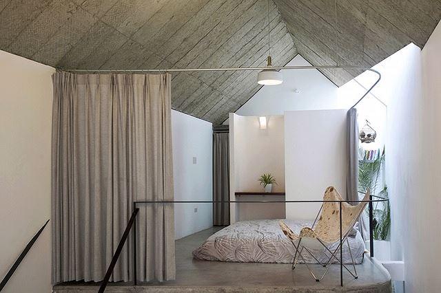 Nhà trong hẻm đẹp thoáng mát của chàng độc thân Hà Nội trên báo Tây - Ảnh 7