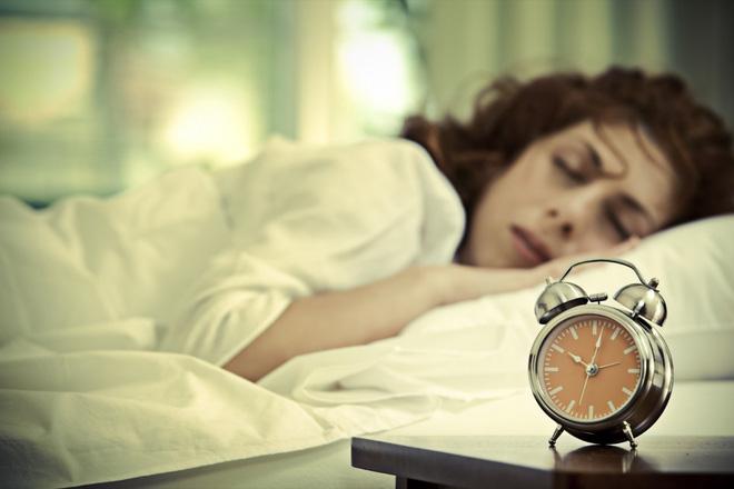 Dậy sớm kiểu này còn nguy hại hơn so với thức khuya: Bạn cần biết để trở nên an toàn hơn - Ảnh 2