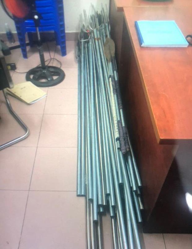 Tạm giữ 34 đối tượng trong vụ 200 giang hồ 'áo cam' đập phá quán nhậu ở Sài Gòn - Ảnh 3