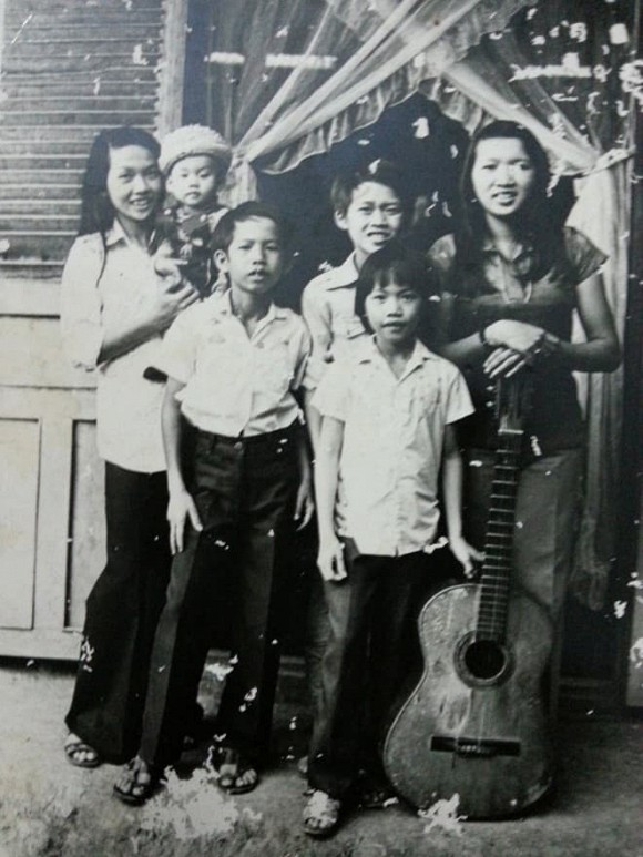 Căn nhà cũ nát và chuyện ít biết về gia đình Hoài Linh - Dương Triệu Vũ - Ảnh 5