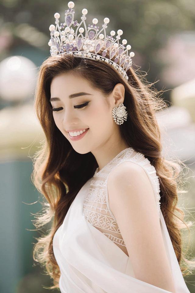 Hoa hậu rẽ ngang đi đóng phim: H'Hen Niê - Lan Khuê đẹp hết nấc vẫn chưa bằng Jolie Nguyễn diện toàn hàng hiệu, tự bỏ tiền túi mua váy áo - Ảnh 8