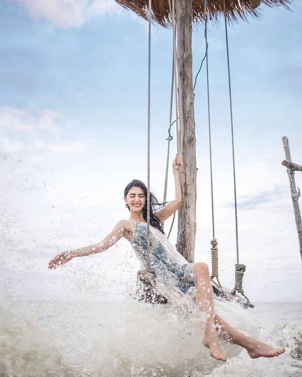 Sau 7 năm đóng 'Tình người duyên ma', sao nữ Thái ngày càng gợi cảm - Ảnh 4