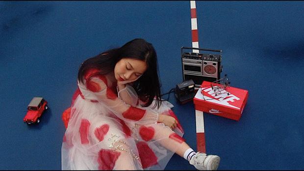 Tưởng Hoài Lâm đầu tư 1 triệu 500 nghìn làm MV đã là thấp nhất Vpop, nhưng nữ ca sĩ sinh năm 2002 phá kỷ lục ngon ơ - Ảnh 4