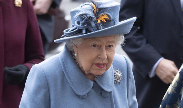 Xôn xao tin Nữ hoàng Anh sẽ sớm thoái vị: Dành cả đời để phụng sự đất nước, liệu bà đã thật sự sẵn sàng để nhường ngôi? - Ảnh 2