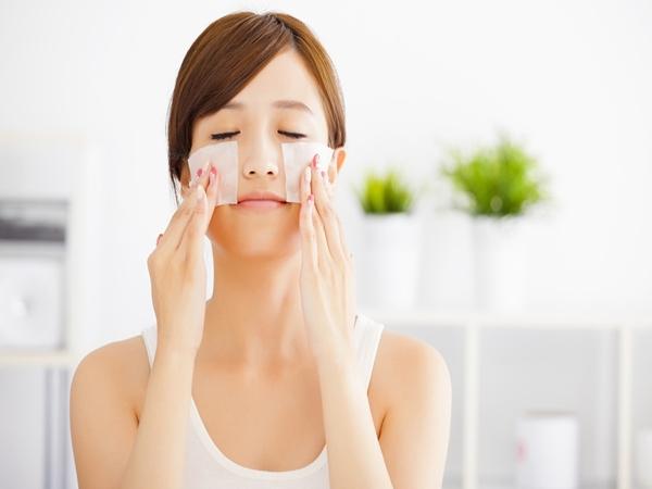 Ngủ cũng có thể khiến da đẹp lên trông thấy nếu bạn nắm được những bí quyết cực đơn giản này - Ảnh 2