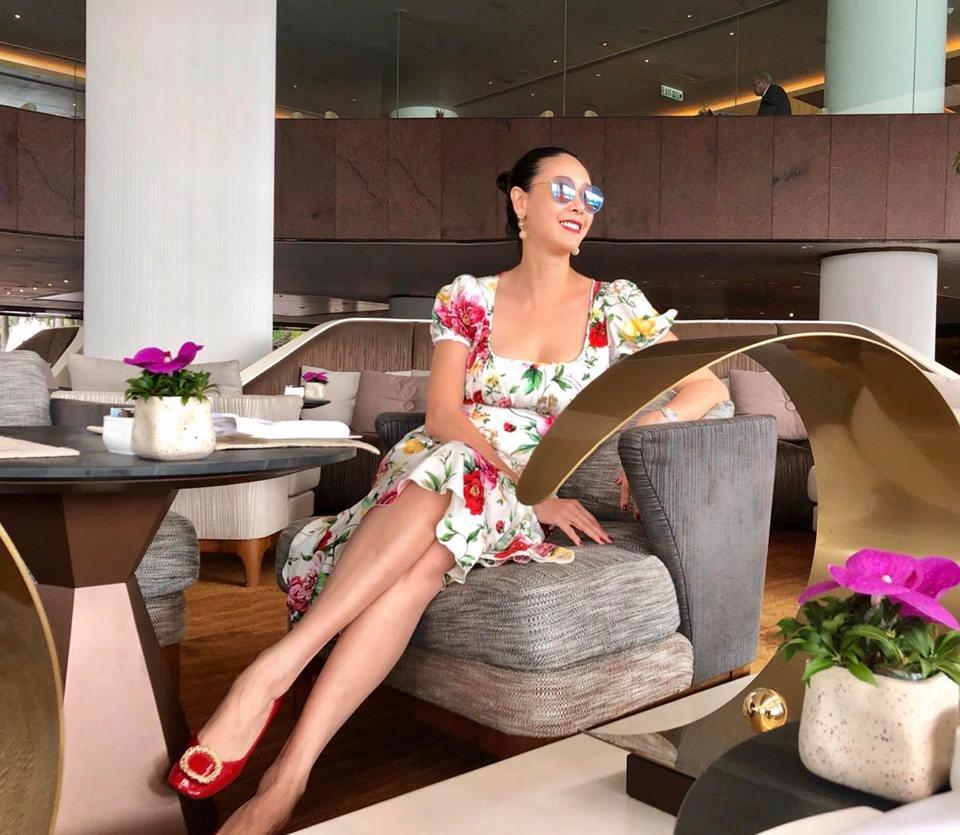 Hoa hậu Hà Kiều Anh, Lệ Quyên xinh đẹp đọ sắc, ai gợi cảm hơn? - Ảnh 4