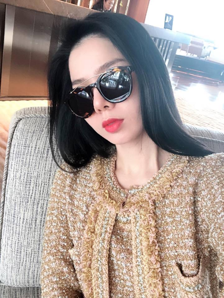 Hoa hậu Hà Kiều Anh, Lệ Quyên xinh đẹp đọ sắc, ai gợi cảm hơn? - Ảnh 5