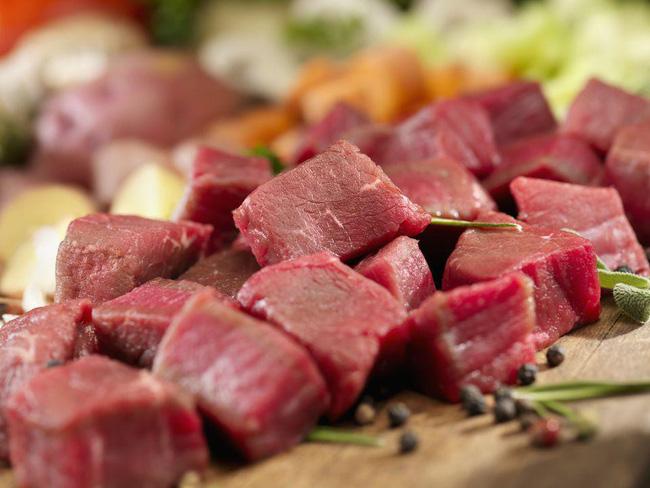 Cứ làm món thịt bò là tôi lại cho thêm thứ nước này vào, dù thịt có dai đến mấy cũng mềm ngọt, tan ngay trong miệng - Ảnh 1