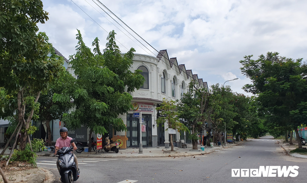 'Biến' 5 ngôi nhà thành 34 căn hộ cho thuê ở Đà Nẵng: Sai phạm vẫn cho tồn tại - Ảnh 1