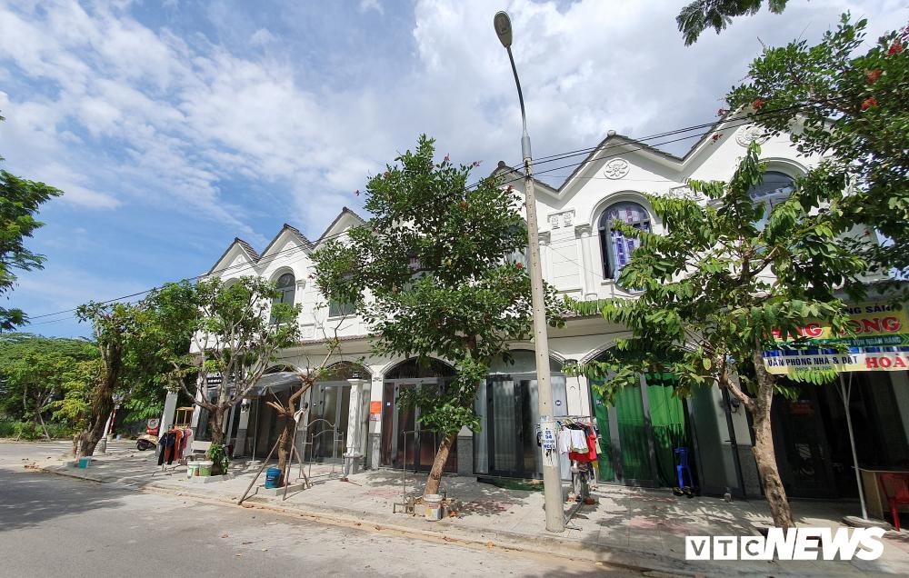 'Biến' 5 ngôi nhà thành 34 căn hộ cho thuê ở Đà Nẵng: Sai phạm vẫn cho tồn tại - Ảnh 2