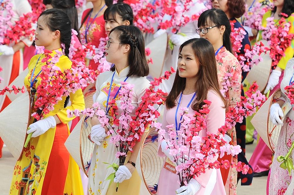 Ngày phụ nữ Việt Nam 20/10 là bước ngoặt lớn khẳng định vai trò của người phụ nữ trong xã hội