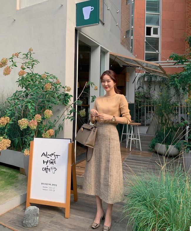 Tham khảo ngay 12 set đồ đón gió mùa về từ các quý cô Châu Á - Ảnh 10