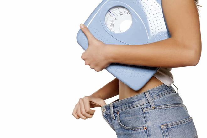 Không muốn da chảy xệ và nhăn nheo sau giảm cân thì nên tuân thủ 7 điều 'dễ như ăn kẹo' này - Ảnh 2