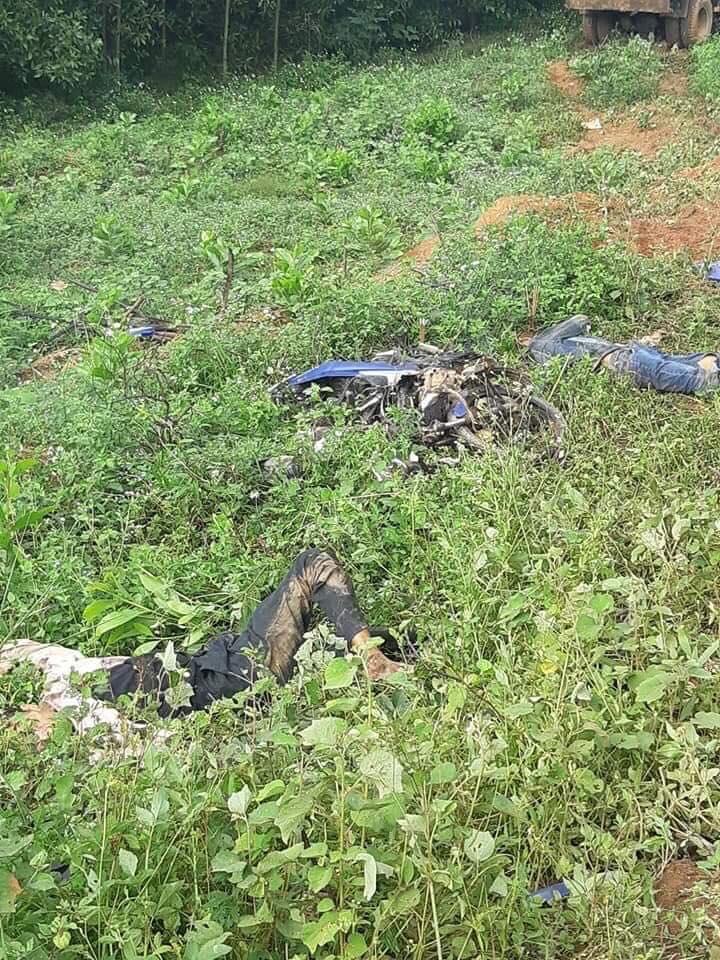 Xót thương cảnh chồng và con trai bị xe tải tông chết trên đường đi khám bệnh, vợ không đủ tiền mua quan tài chôn cất - Ảnh 1