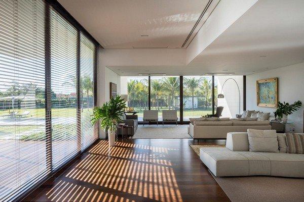 Độc đáo dinh thự trắng gần 1.000 m2 giữa thủ đô - Ảnh 4