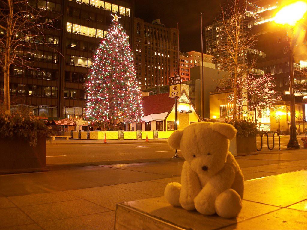 Noel là dịp để người yêu xa nhớ về nhau, nhớ về những lời hẹn ước