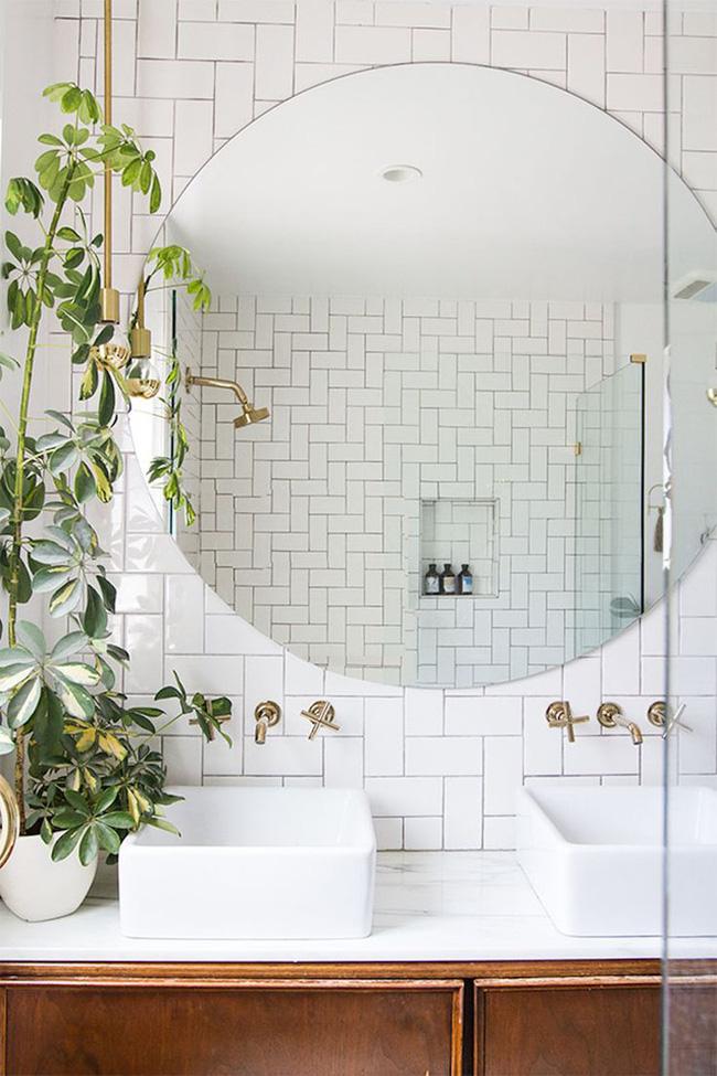 Những mẹo nhỏ mà có võ bất ngờ cho phòng tắm gia đình thêm xinh - Ảnh 6