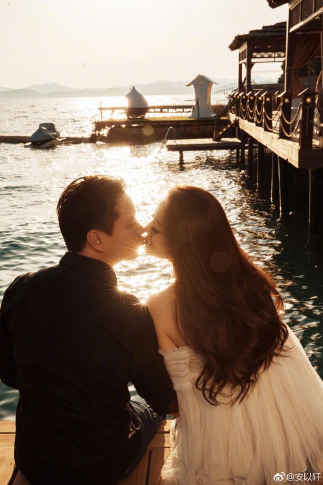 An Dĩ Hiên tình cảm bên chồng tỷ phú sau những áp lực hôn nhân - Ảnh 1
