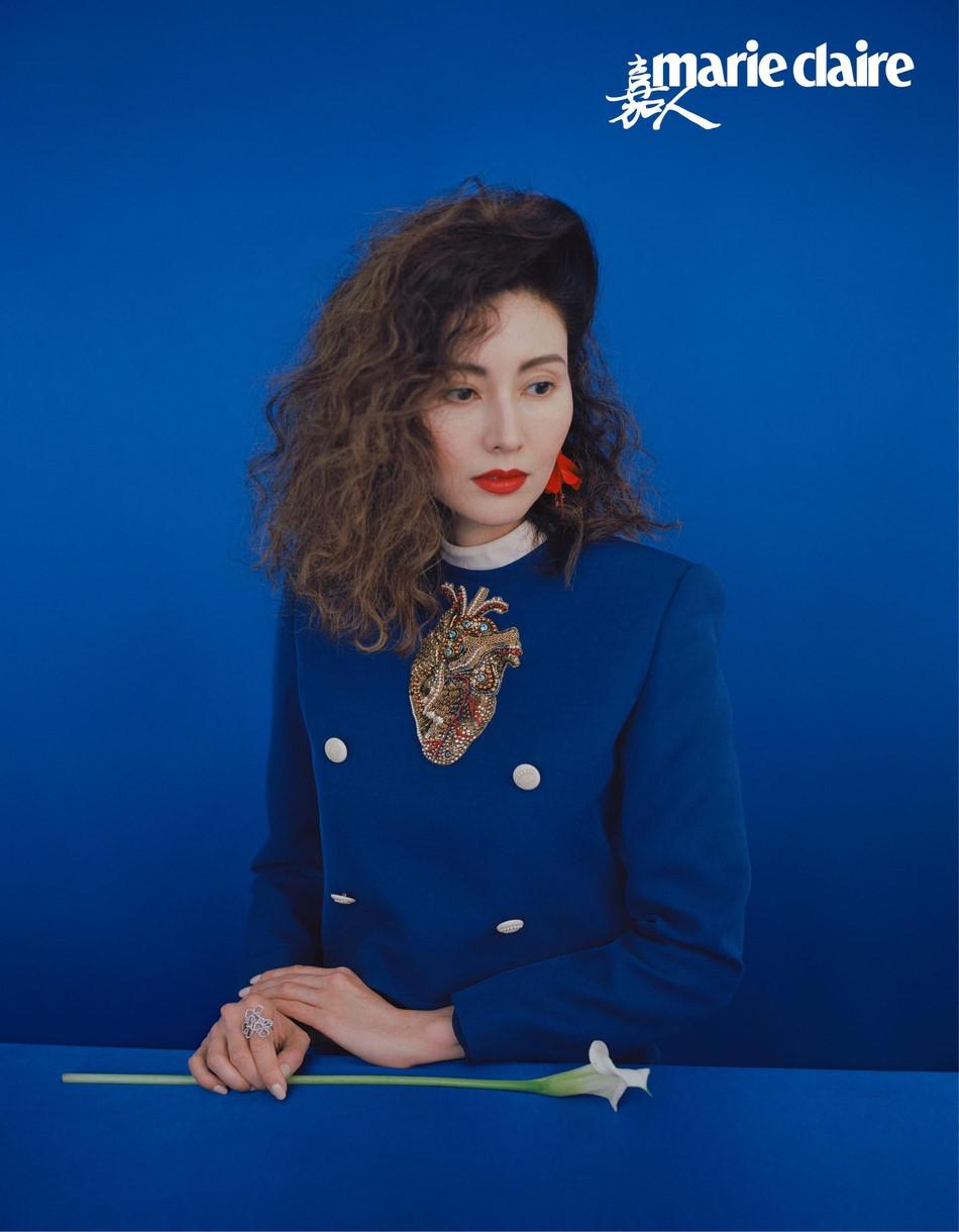 Hoa hậu đẹp nhất Hong Kong khoe sắc theo phong cách thập niên 1980 - Ảnh 2
