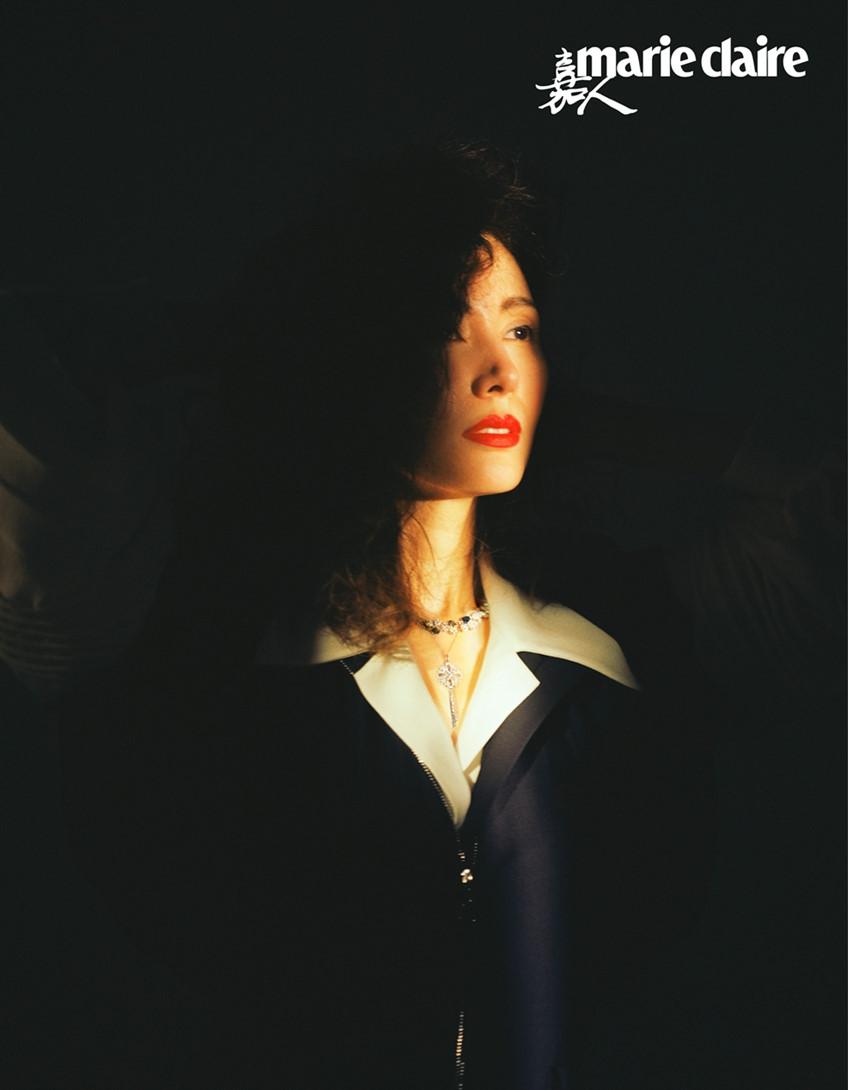Hoa hậu đẹp nhất Hong Kong khoe sắc theo phong cách thập niên 1980 - Ảnh 4