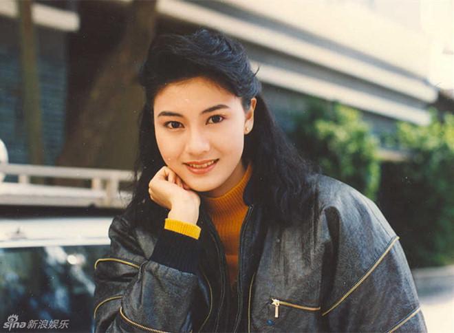 Hoa hậu đẹp nhất Hong Kong khoe sắc theo phong cách thập niên 1980 - Ảnh 6