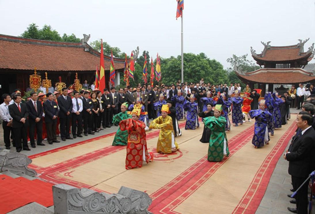 Ngày giỗ tổ là dịp để toàn dân tưởng nhớ công dựng nước của các vua Hùng