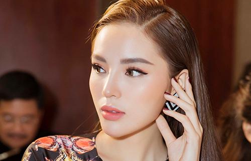 Gương mặt hoa hậu Kỳ Duyên không sắc nhọn như những ảnh 'tự sướng' - Ảnh 5