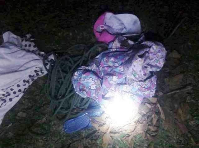 Nguyên nhân bé gái 11 tuổi tử vong, thi thể không mặc quần áo nổi trên sông - Ảnh 2