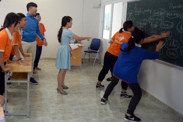 Ghé thăm ngôi trường kỳ lạ nhất Việt Nam: Mẹ rơi nước mắt khi thấy con thay đổi hoàn toàn - Ảnh 4
