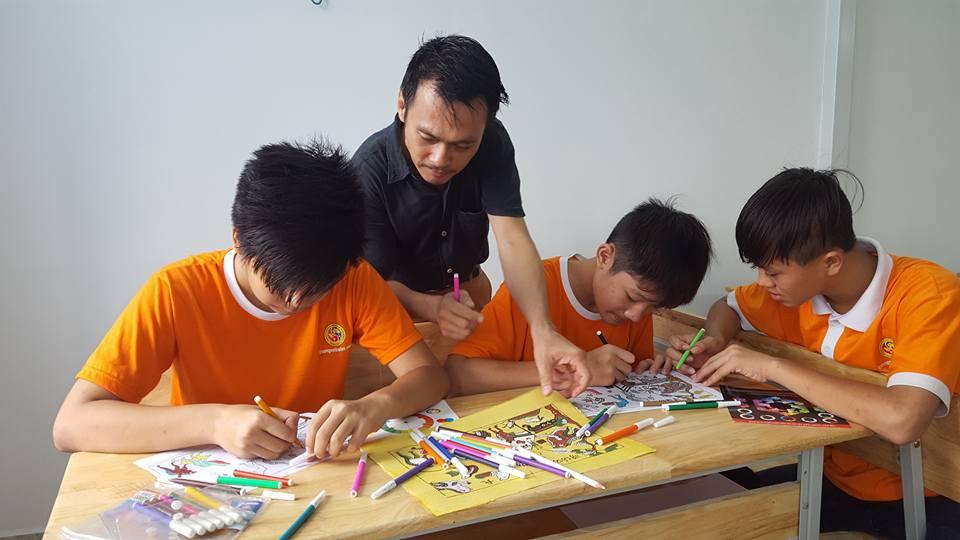 Ghé thăm ngôi trường kỳ lạ nhất Việt Nam: Mẹ rơi nước mắt khi thấy con thay đổi hoàn toàn - Ảnh 12