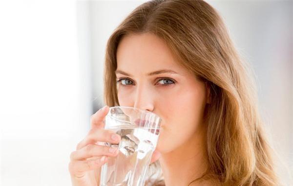 Thói quen tốt, phụ nữ nên biết để duy trì thanh xuân - Ảnh 3