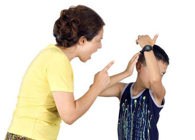 Cậu bé 6 tuổi xuất huyết não sau khi bị mẹ… tát: Cáu giận tới mấy cũng không đánh con ở vị trí này! - Ảnh 2