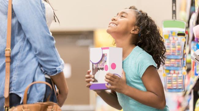 Cha mẹ hãy nắm ngay 9 cách ứng phó với thói xin xỏ nài nỉ cho bằng được của trẻ - Ảnh 1