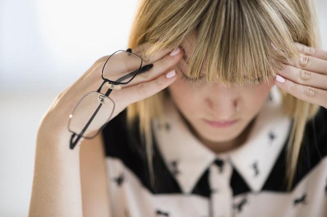 Nhiều người thường hay gặp phải tình trạng này nhưng không biết nó có thể cảnh báo những vấn đề sức khỏe đáng lo ngại - Ảnh 3