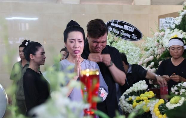 Nghệ sĩ Kim Tiểu Long mất ngủ vì liên tục mơ thấy Anh Vũ: 'Anh linh quá em hơi sợ sợ rồi đó' - Ảnh 4
