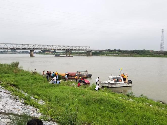 Tạm giữ nghi phạm hiếp dâm khiến nữ sinh lớp 12 ở Bắc Ninh uất ức, nhảy cầu tự tử - Ảnh 2