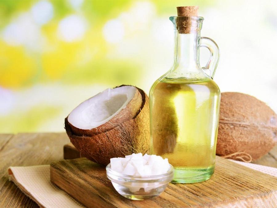 5 thứ dưỡng ẩm tự nhiên giúp đôi môi luôn ngậm nước căng mọng - Ảnh 1