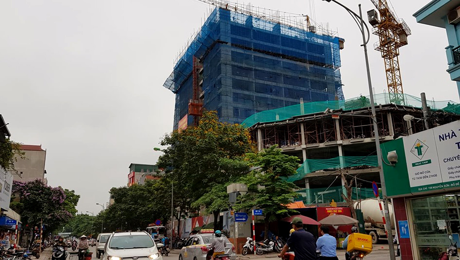 Bán căn hộ chung cư PHC Complex 158 Nguyễn Sơn ngoài luật? - Ảnh 1