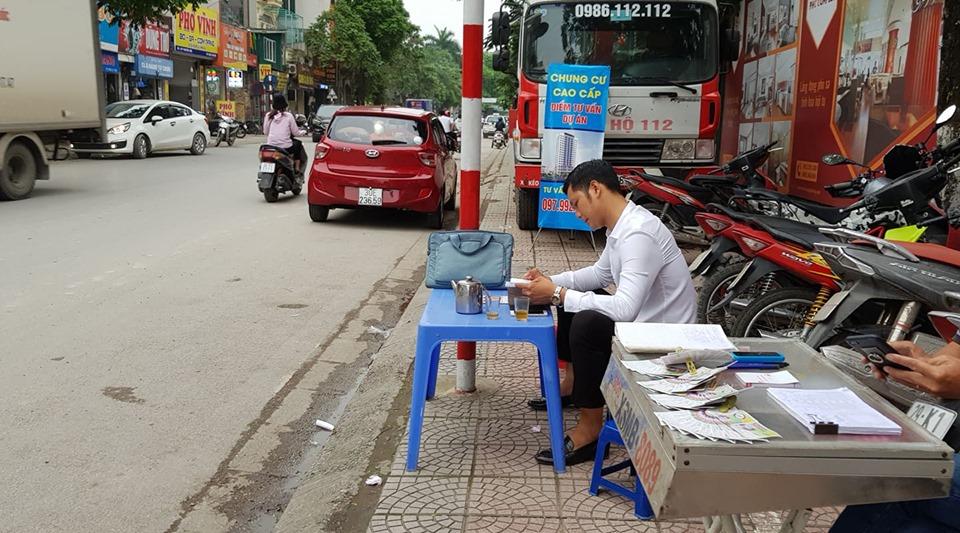 Bán căn hộ chung cư PHC Complex 158 Nguyễn Sơn ngoài luật? - Ảnh 2
