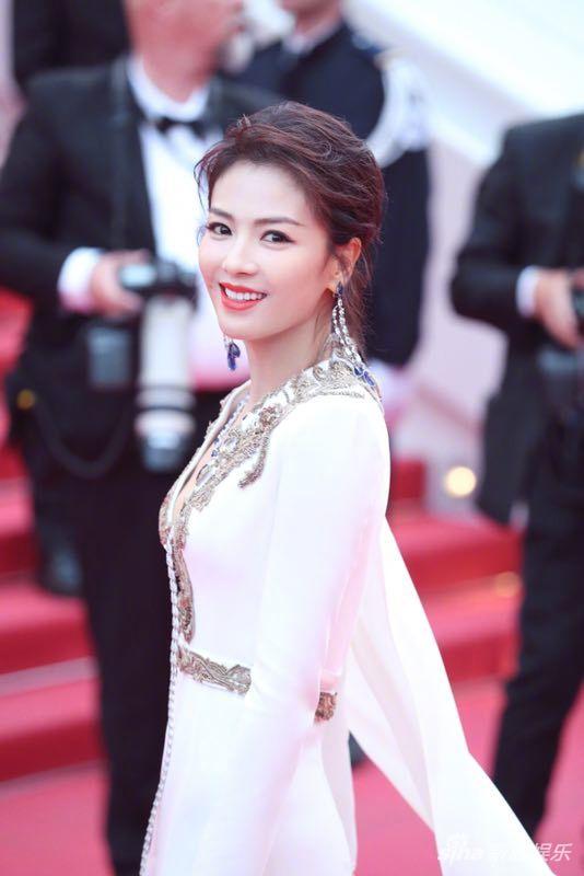 Không có Phạm Băng Băng, sao Hoa ngữ bị lấn át tại thảm đỏ Cannes 2019 - Ảnh 4