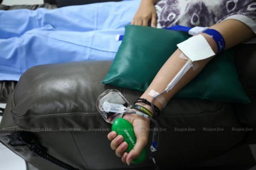 Nam thanh niên nhiễm HIV do truyền máu tại bệnh viện - Ảnh 1