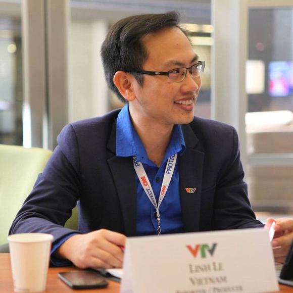 """MC Phí Linh lần đầu chịu tiết lộ lí do cảm nắng và chủ động """"cưa"""" ông xã - Ảnh 2"""