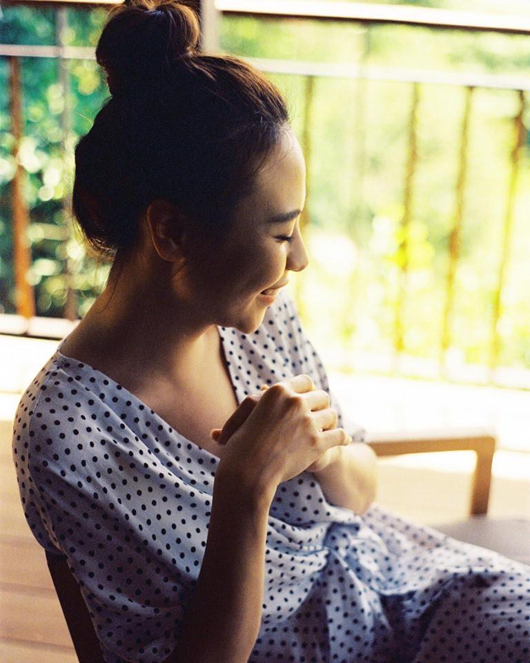 Đàm Thu Trang biểu hiện 'tăng động' trước giờ G, tung ảnh cưới 'đẹp phát hờn' - Ảnh 2