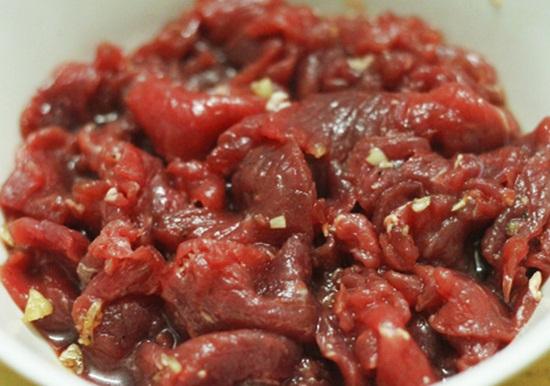 Măng xào thịt bò - món ăn siêu nhanh, siêu ngon cho bữa tối - Ảnh 3