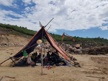 Dân cản trở xây dựng khu xử lý rác Tam Xuân: Phó Chủ tịch Quảng Nam yêu cầu điều tra kẻ kích động - Ảnh 1