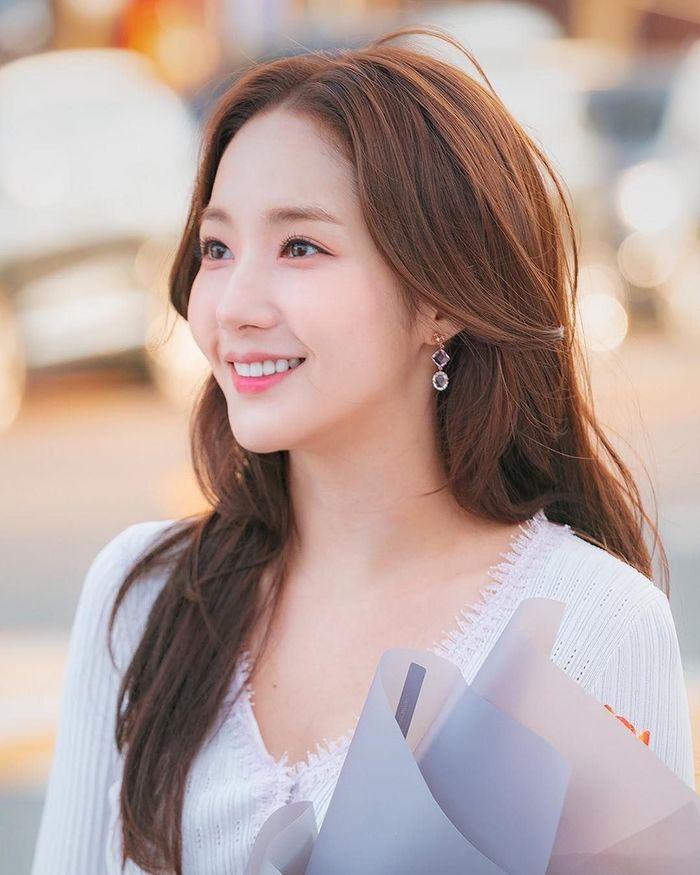"""U30 nhưng Park Min Young vẫn đẹp hoàn hảo: """"Chìa khóa"""" chăm sóc da chính là ngủ đủ giấc - Ảnh 2"""