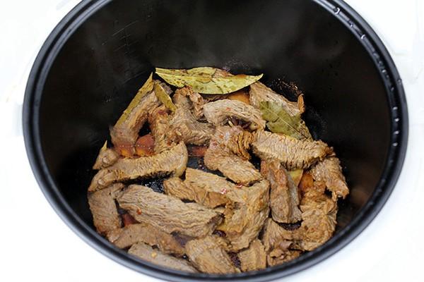 Các mẹ ơi, hóa ra chúng ta có thể dễ dàng làm thịt bò khô cực đỉnh chỉ bằng nồi cơm điện! - Ảnh 7