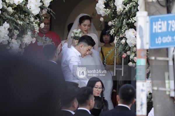 """Ảnh hiếm về lễ cưới """"kín như bưng"""" của Bảo Thy và chồng đại gia - Ảnh 11"""